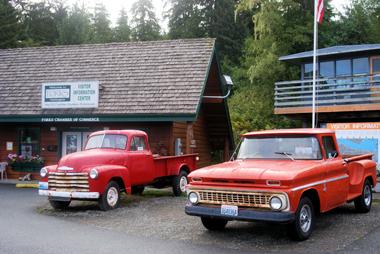 bella_1952_1963_trucks_9-16-10