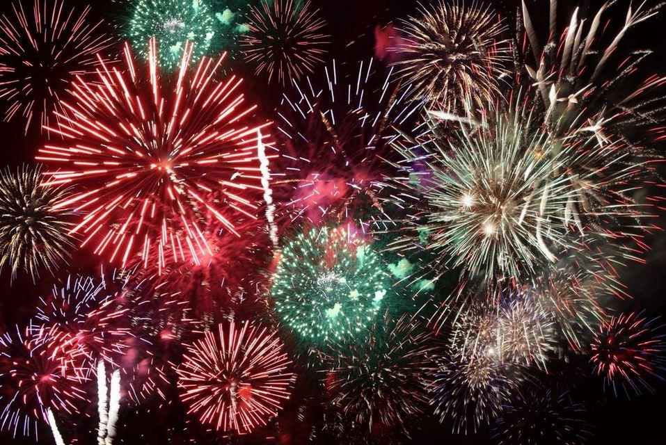 6e7d26279c7dd6 Makah-Days-fireworks.jpg